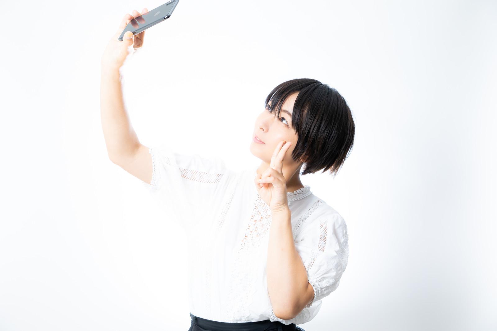 チャットレディのプロフィール画像は写真加工アプリでちょい盛り!